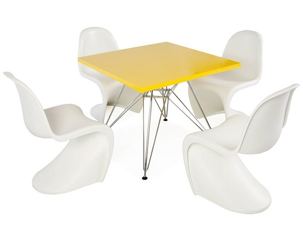 Eiffel kids table - 4 Panton chairs