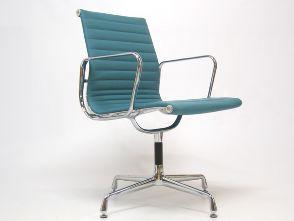 Visitor chair EA108 - Blue