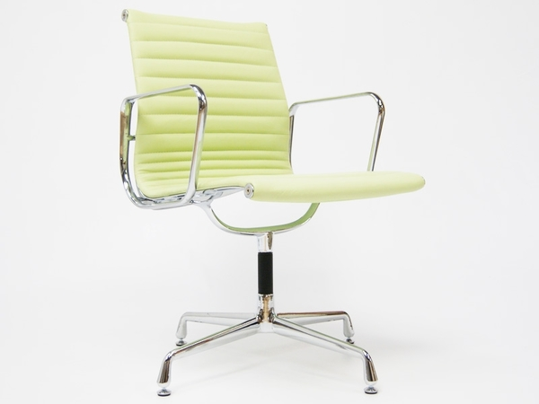 Visitor chair EA108 - Lemon green